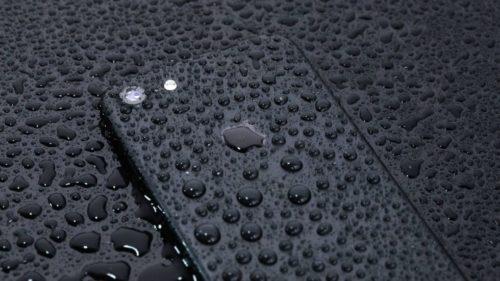 iPhone 7の防水機能はどこまで大丈夫?